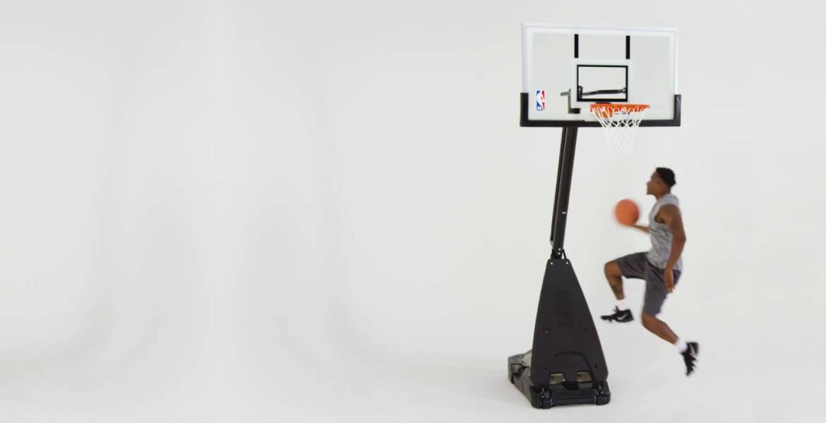 Canasta NBA Ultimate Hybrid Portable Spalding